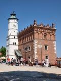 Rathaus, Sandomierz, Polen stockfotos