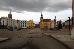 Rathaus in Vidnava-Stadt stockfotos