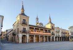 Rathaus von Burgo-De Osma lizenzfreies stockfoto