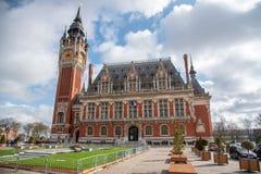 Rathaus von Calais, Frankreich lizenzfreie stockfotos