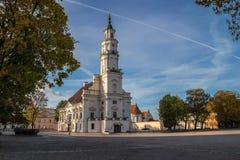 Rathaus von Kaunas in der Stadt Hall Square, Kaunas, Litauen Stockbild