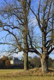 Ratiborice-castel am sonnigen Herbsttag Stockfotos