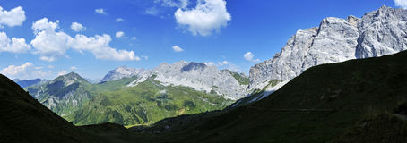Ratikon-Alpen Lizenzfreies Stockfoto