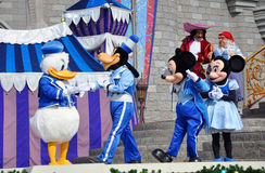Ratón de Mickey y de Minnie en el mundo de Disney Fotografía de archivo libre de regalías