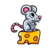 Rato feliz bonito no queijo fotos de stock royalty free