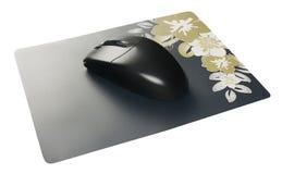 Rato sem fio preto do computador na almofada de rato Imagem de Stock Royalty Free