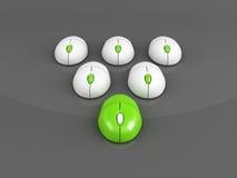 Rato verde do computador principal sobre o cinza Fotografia de Stock