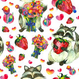 Ratons laveurs, fraises et fleurs Photos libres de droits