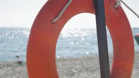 Ratowniczy boja na plaży lifebuoy zdjęcie wideo