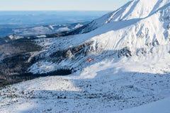 Ratowniczy helikopter w wysokim Tatras Zimy foto Fotografia Stock