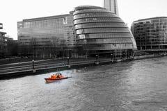 Ratowniczy RNLI Lifeboat na Thames Fotografia Stock