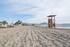 Ratownik stacja na pustej Talamanca plaży Zdjęcia Royalty Free