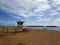 Ratownika stojak przy plażą na Magicznej wyspie w ałunu Moana plaży parku obrazy royalty free