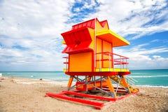 Ratownika wierza dla ratowniczego baywatch na plaży w Miami, usa fotografia stock