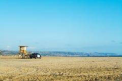 Ratownika wierza i polici ciężarówka w newport beach Zdjęcia Royalty Free