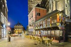 Ratskeller och stadshus i Aachen på natten Royaltyfria Foton