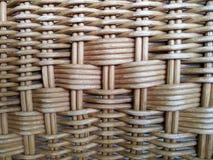 Rattan gemacht vom Holz, die Oberfläche des Sehnenrattans berührend, Lizenzfreie Stockfotografie