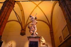 Ratto delle Sabine statue in Loggia de Lanzi by night Stock Photos