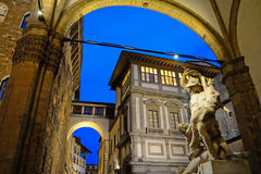 Ratto di Polissena statue in Florence by night Royalty Free Stock Photos