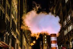 Rauch über Manhattan Stockbild