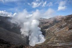 Rauch auf Berg Bromo Lizenzfreie Stockfotografie