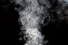 Rauch auf schwarzem Hintergrund Lizenzfreie Stockfotografie