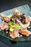 Rauch-Lachs-Salat Stockbilder