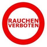 Rauchen verboten Dymić zabraniam podpisuje wewnątrz niemiec obraz stock