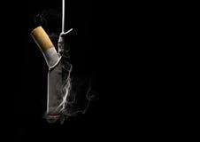 Rauchende Abbrüche Lizenzfreies Stockfoto