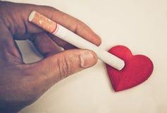 Rauchende zerstörende Gesundheit Stockbilder