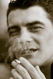 Rauchende Zigarre Stockfotos
