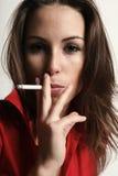 Rauchendes Mädchen Stockbild