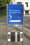 Rauchendes Zeichen Lizenzfreie Stockfotografie