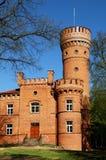Raudone slott som byggs under det 16th århundradet, exempel av Neo-gotisk arkitektur Raudone Jurbarkas område, Litauen Raudone arkivbild