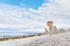 Rauk landskap av Langhammar i Gotland, Sverige arkivfoton