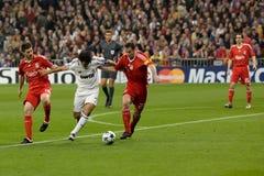 Raul versus Liverpool Stock Afbeeldingen