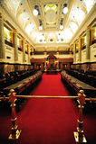 Raum des Parlamentsgebäudes Stockfotos