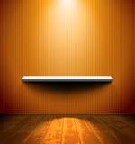 Raum mit einem Regal Stockbilder