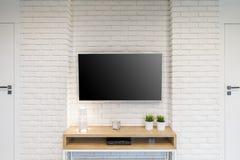 Raum mit Fernsehen lizenzfreies stockfoto