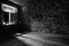 Raum mit Leuchte lizenzfreie stockfotos