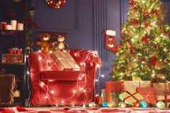 Raum verziert für Weihnachten lizenzfreie stockfotos