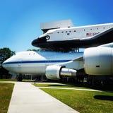Raumfähre-Unabhängigkeit auf Trägerflugzeug Stockbild