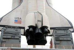 Raumfährereplik auf Launchpad Stockbilder