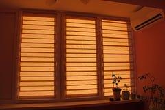 Raumgestaltungselement Innenraum der modernen Loggia Doppeltes System von Tag und Nacht lizenzfreies stockbild