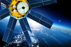 Raumsatellit über der Planetenerde lizenzfreie stockfotografie
