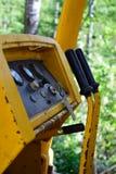 Raupen-Bulldozer steuert und misst Detail ab Lizenzfreie Stockfotos