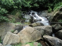 Ravana Ella vattenfall Arkivfoton