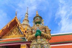 Ravana gigantyczne statuy chroni dzwi wejściowy horyzontalny ono uśmiecha się Obraz Royalty Free