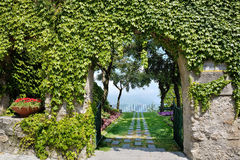 Ravello, costa de Amalfi, Itália - a entrada aos di Piemonte de Principessa do Belvedere jardina Fotografia de Stock Royalty Free