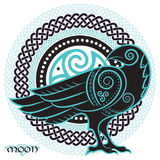 Raven tiré par la main dans de style celtique, sur le fond de l'ornement celtique de lune illustration de vecteur